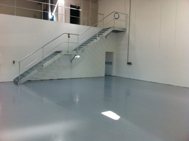 Nem rengøring med Polyurethan gulve