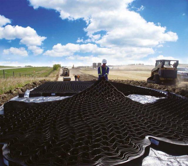 Kvalitetssystemer til jordstabilisering, stormflodssikring og permeable belægninger