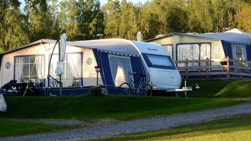 Tre former for udstyr, der gør campingferien mere sikker